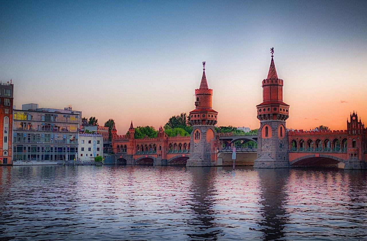 berlin, spree, oberbaumbrücke